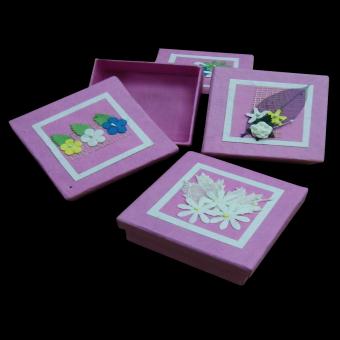 Pink Valentine boxes